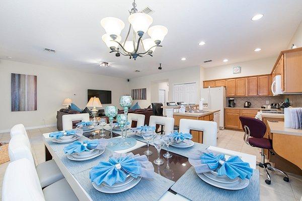 Gorgeous Sofia Vergara dining room suite