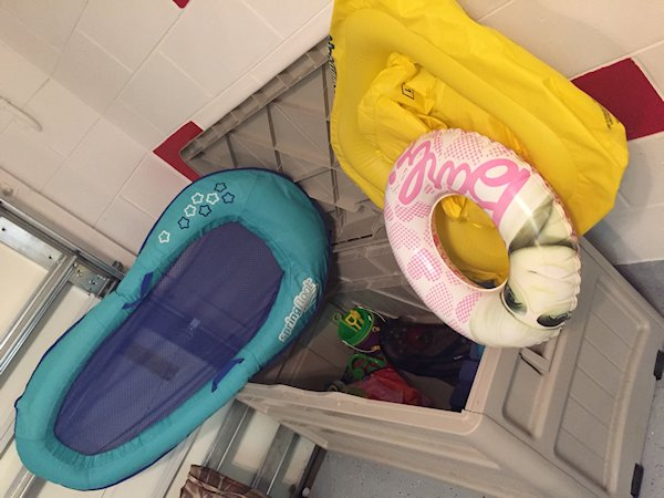 Storage for inflatables and toys for pool/beach