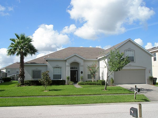 5 Bed Florida Villa sleeps 12. Private Pool & Spa. Wi-Fi. Games Room.