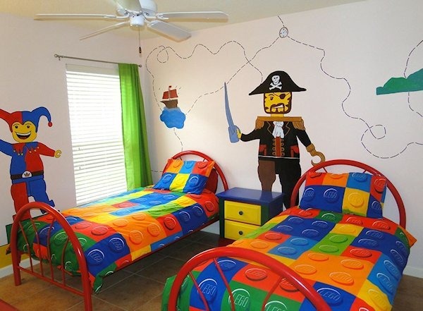 Ahoyyy.... fun Lego bedroom for big or small fans